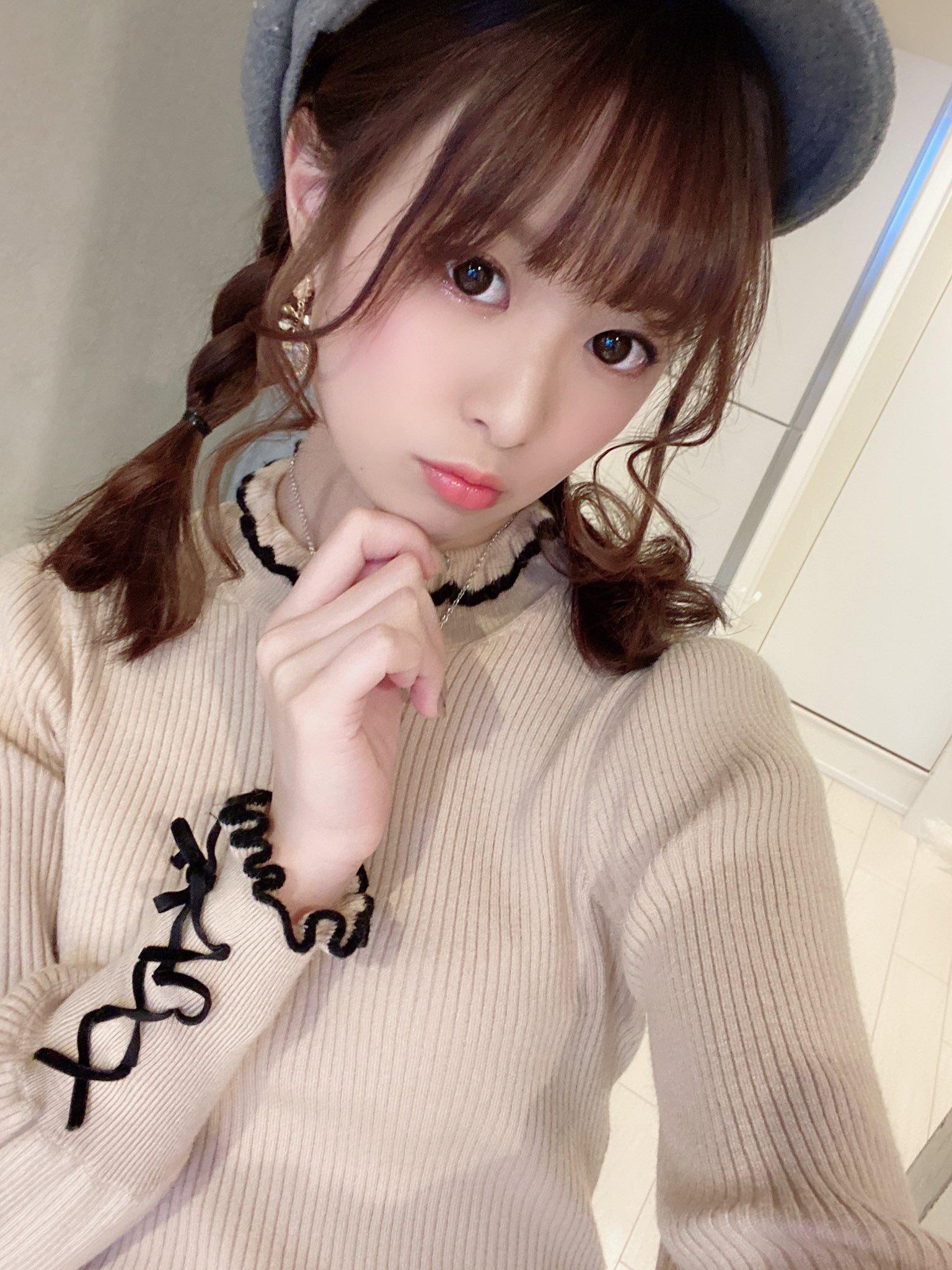 hikari_ninoheee 1239838269333880832_p2
