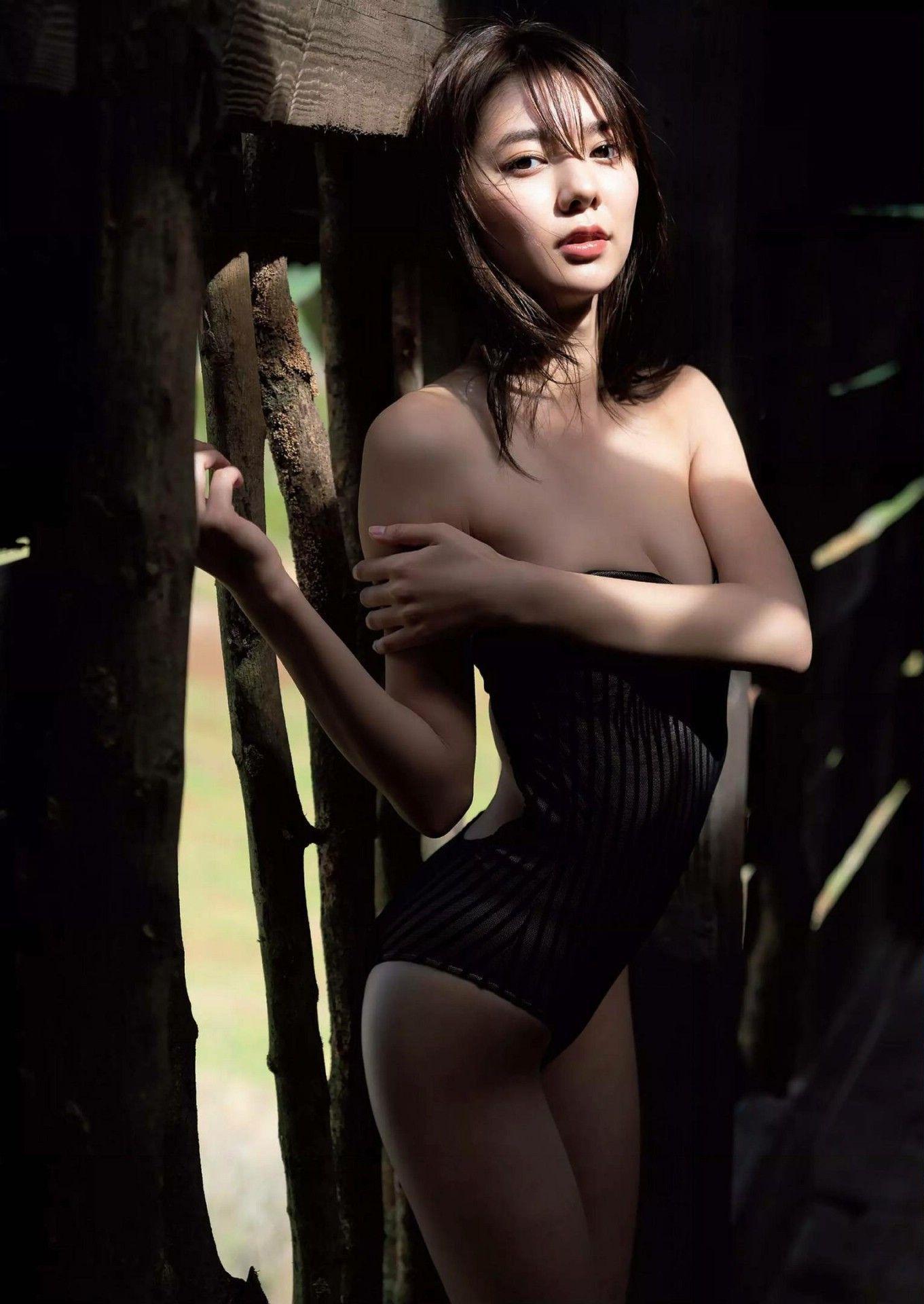 Weekly Playboy 2020-15_imgs-0005b