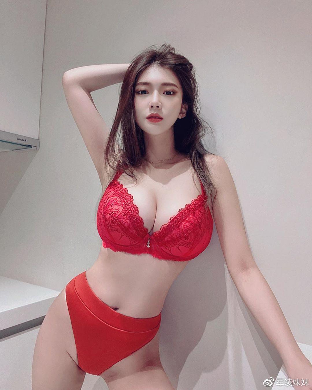 超胸台妹谢薇安-ins图包[583P]张昊翔博客