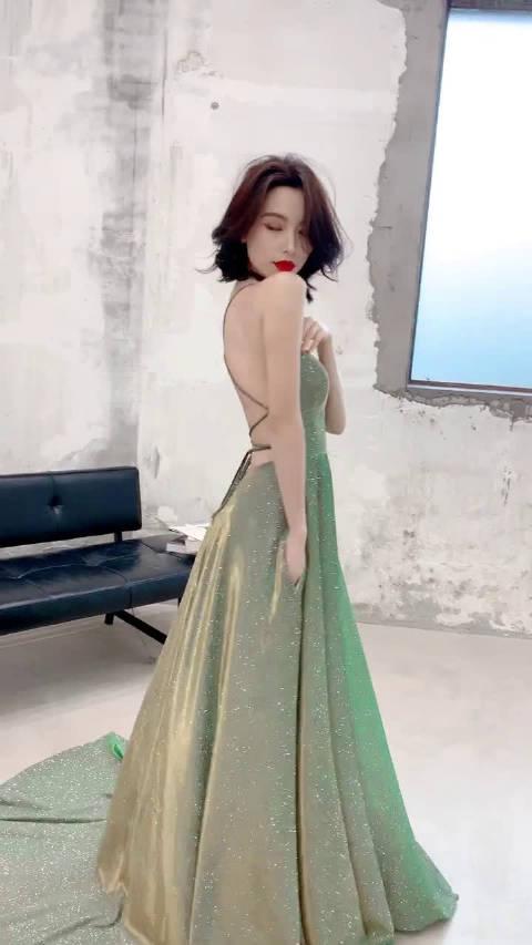 这款裙子,适合真空上阵