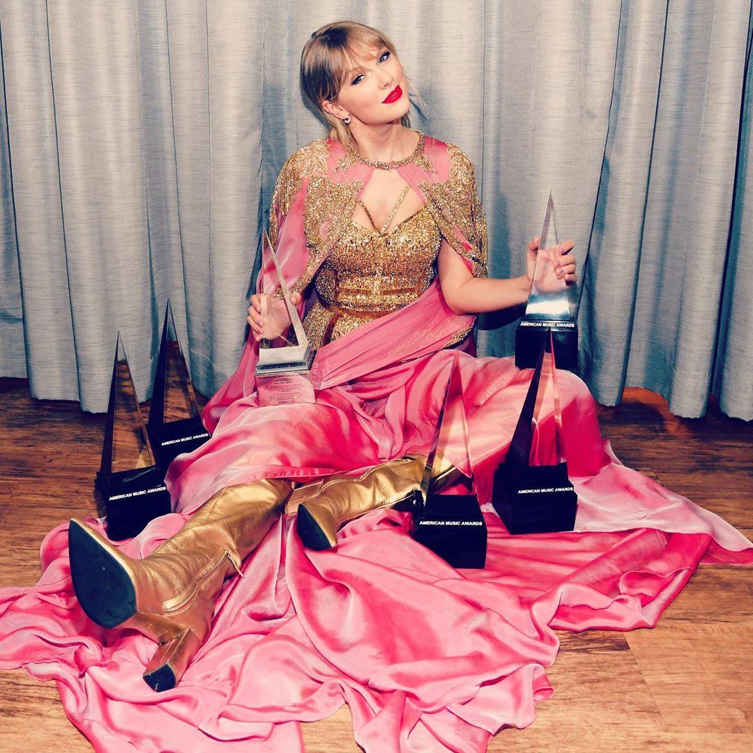 《福布斯》公布2019年度「全球最高收入音乐人」,Taylor Swift一回归就夺下冠军宝座!插图