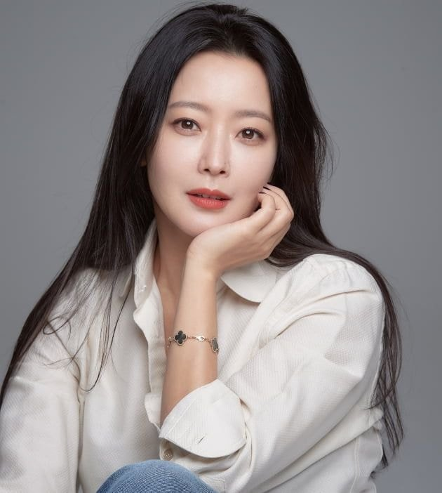 2020韩国人最喜欢明星调查,这位主持人再次力压防弹少年团、IU拿下冠军!插图3