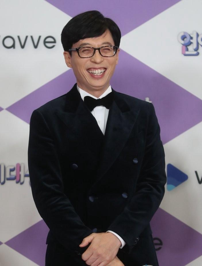 2020韩国人最喜欢明星调查,这位主持人再次力压防弹少年团、IU拿下冠军!插图18