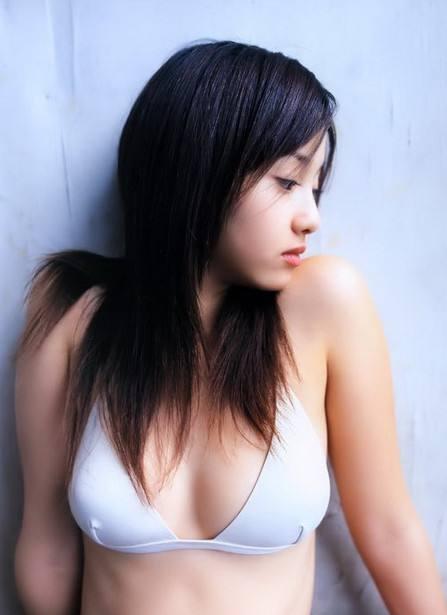 日本萬人票選 30 代最美女星:澤尻英龍華