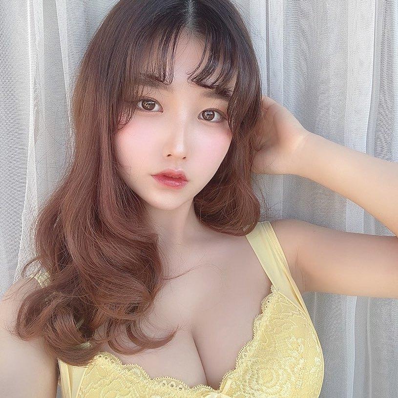 18岁混血制服美少女森嶋あんり已是写真偶像 美女写真 热图5