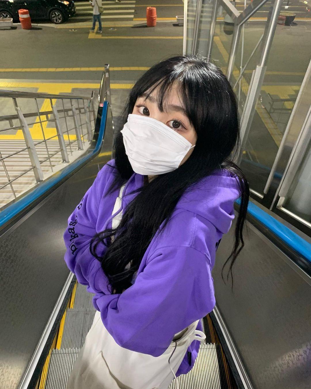 韩国正妹sejinming外套一脱蹦出惊人ru量 养眼图片 第1张