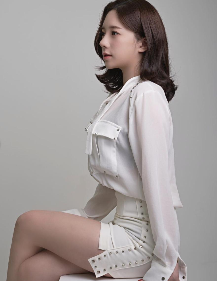 韩国成熟御姊「Bitnara」性感出浴照,真实年龄和外表超反差插图4