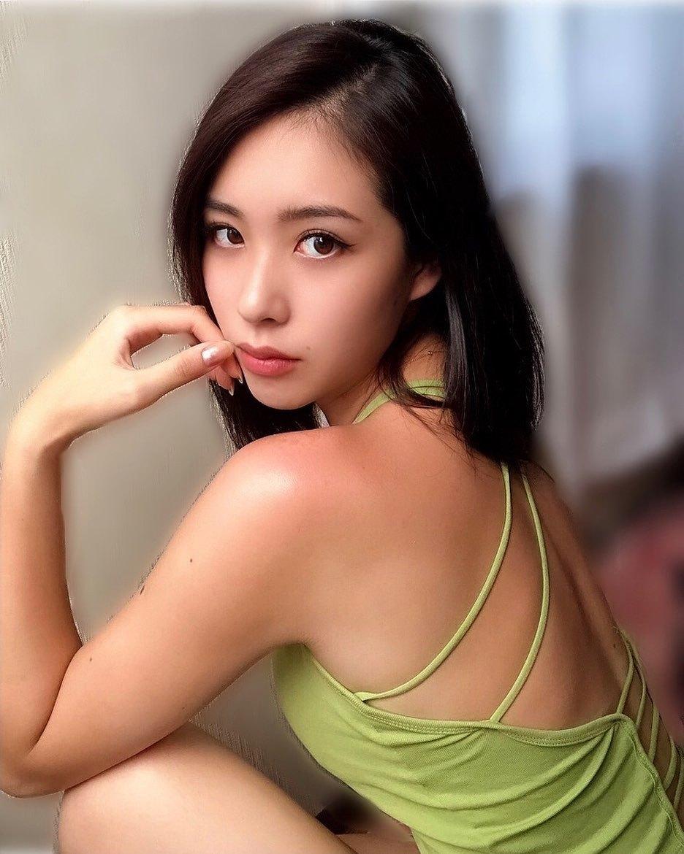 长腿小姐姐CHIAKI完美腰身甜美笑容让人瞬间沦陷 宅猫猫 热图5