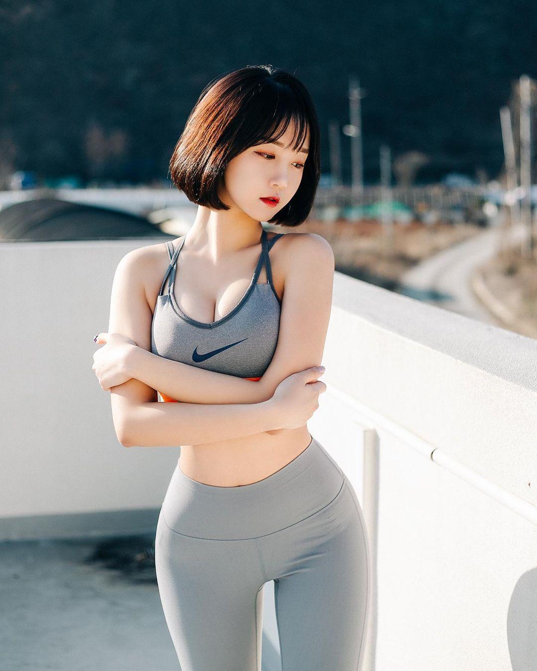 韩国极品模特推荐「Rumi」健身小只马连锁模特儿插图1
