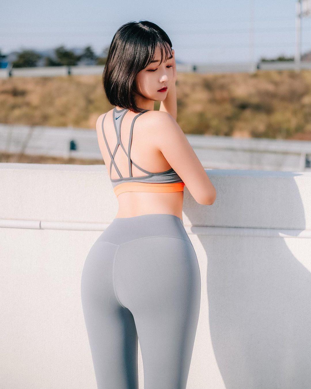韩国极品模特推荐「Rumi」健身小只马连锁模特儿插图2
