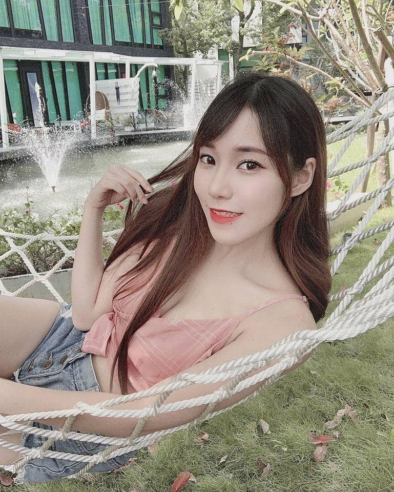 甜美Model心儿Ofelia白皙美腿+浑圆酥胸 网络美女 第6张