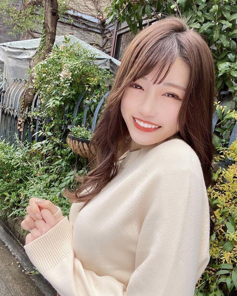 名古屋22岁美女大学生photomasyuro爱吃牡蛎