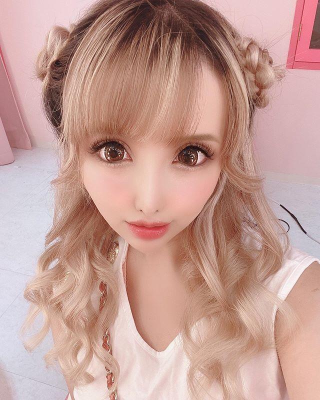 《日本网红超狂脸蛋比例》还以为是会动的充气娃娃!-新图包