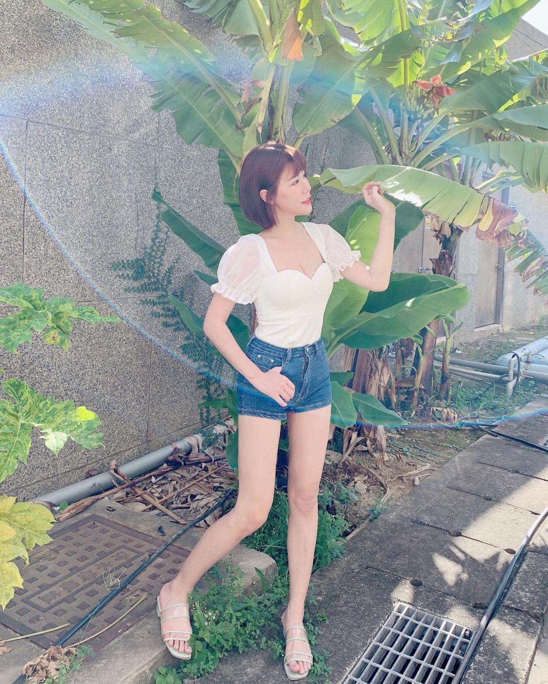 青春活力的阳光正妹,啦啦队短发系女神「陈波波」!-新图包