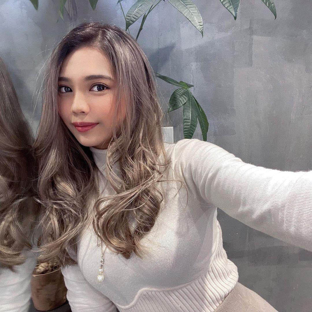 臀控福利,日本女大生Mimi蜜桃臀魅力太强,一看就知道这姐姐有练过!-新图包