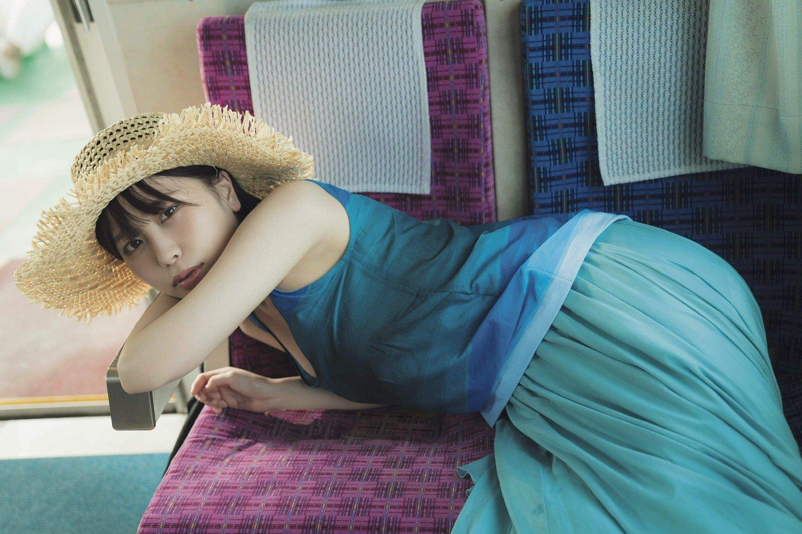 22 岁女团成员「宫内凛」推出第一本个人写真集!高颜值大获好评-新图包
