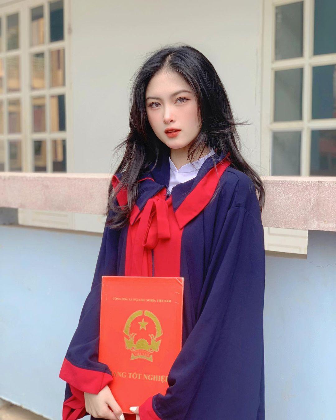 [人物]清纯越南妹子「Leely」辣穿奥黛,让人不被她掳获都不行啊. 养眼图片 第29张