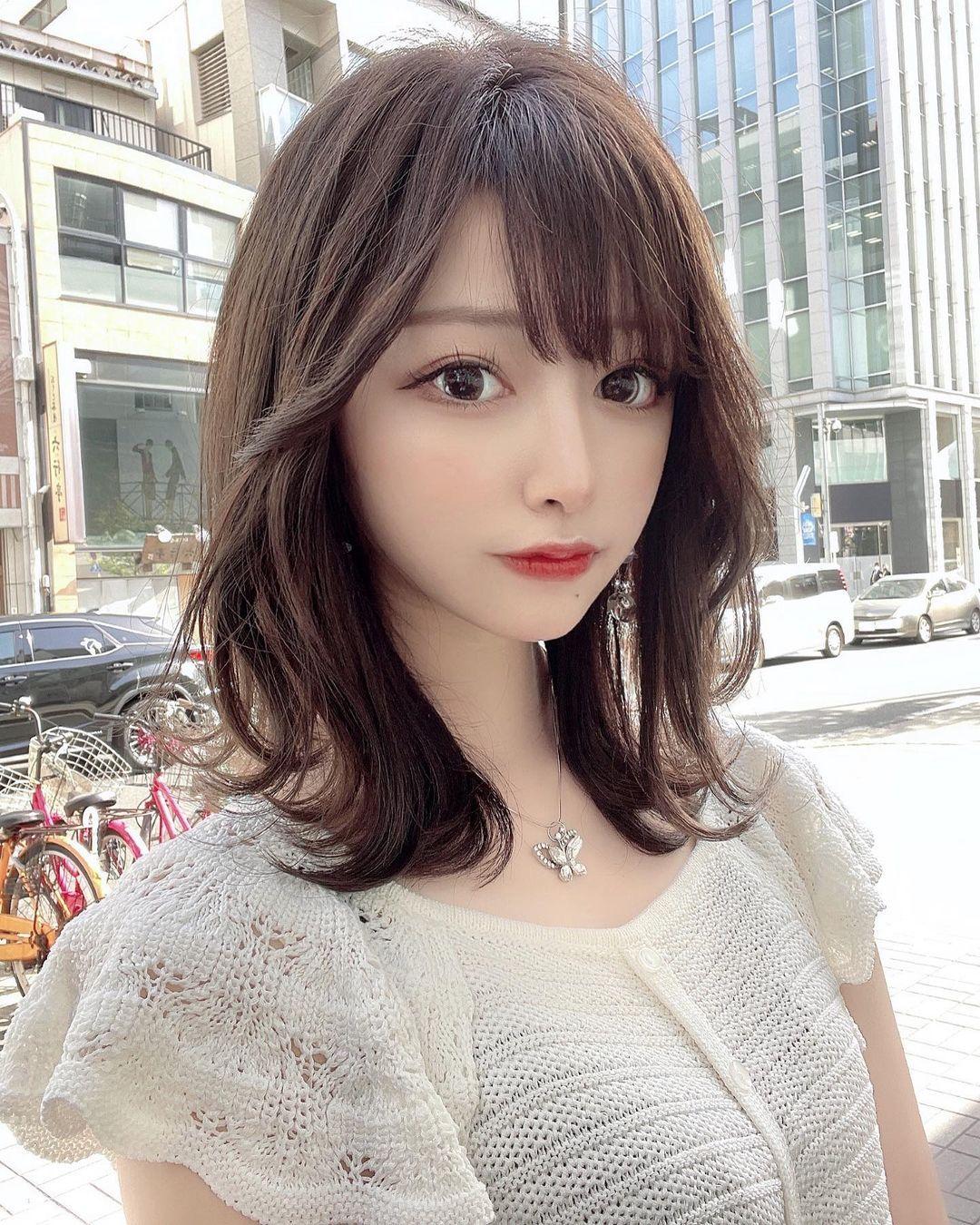 正翻了.名古屋「美女大学生」甜美又有气质,纤细小蛮腰超迷人. 日本美女 邻家女孩 美少女 养眼图片 第4张