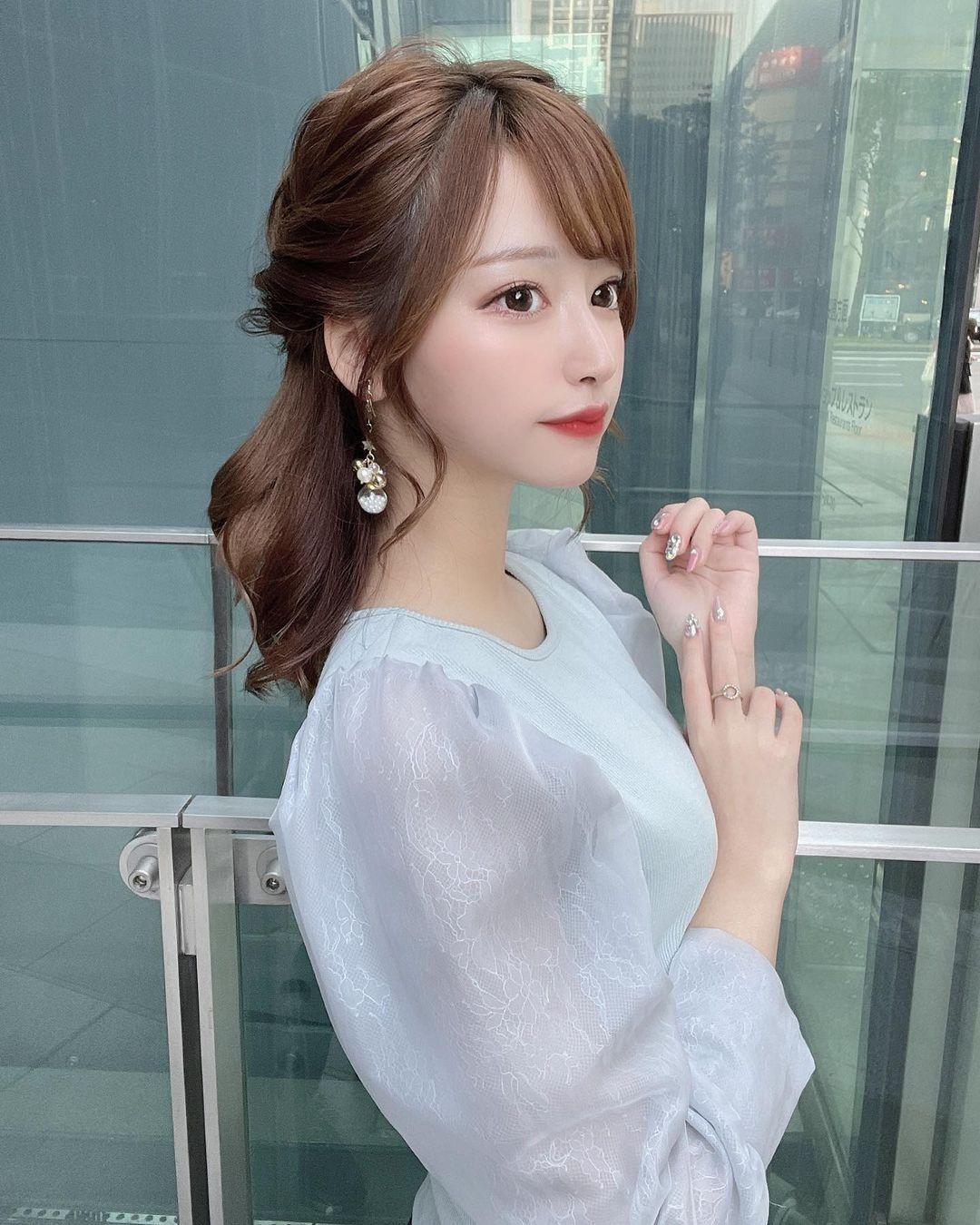 正翻了.名古屋「美女大学生」甜美又有气质,纤细小蛮腰超迷人. 日本美女 邻家女孩 美少女 养眼图片 第5张