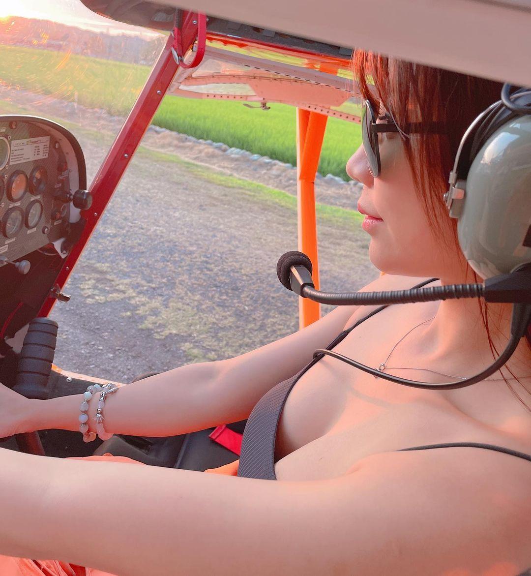 轻航机美女飞行员「莉亚liya」启航绝美御姐霸气满分 网络美女 第4张
