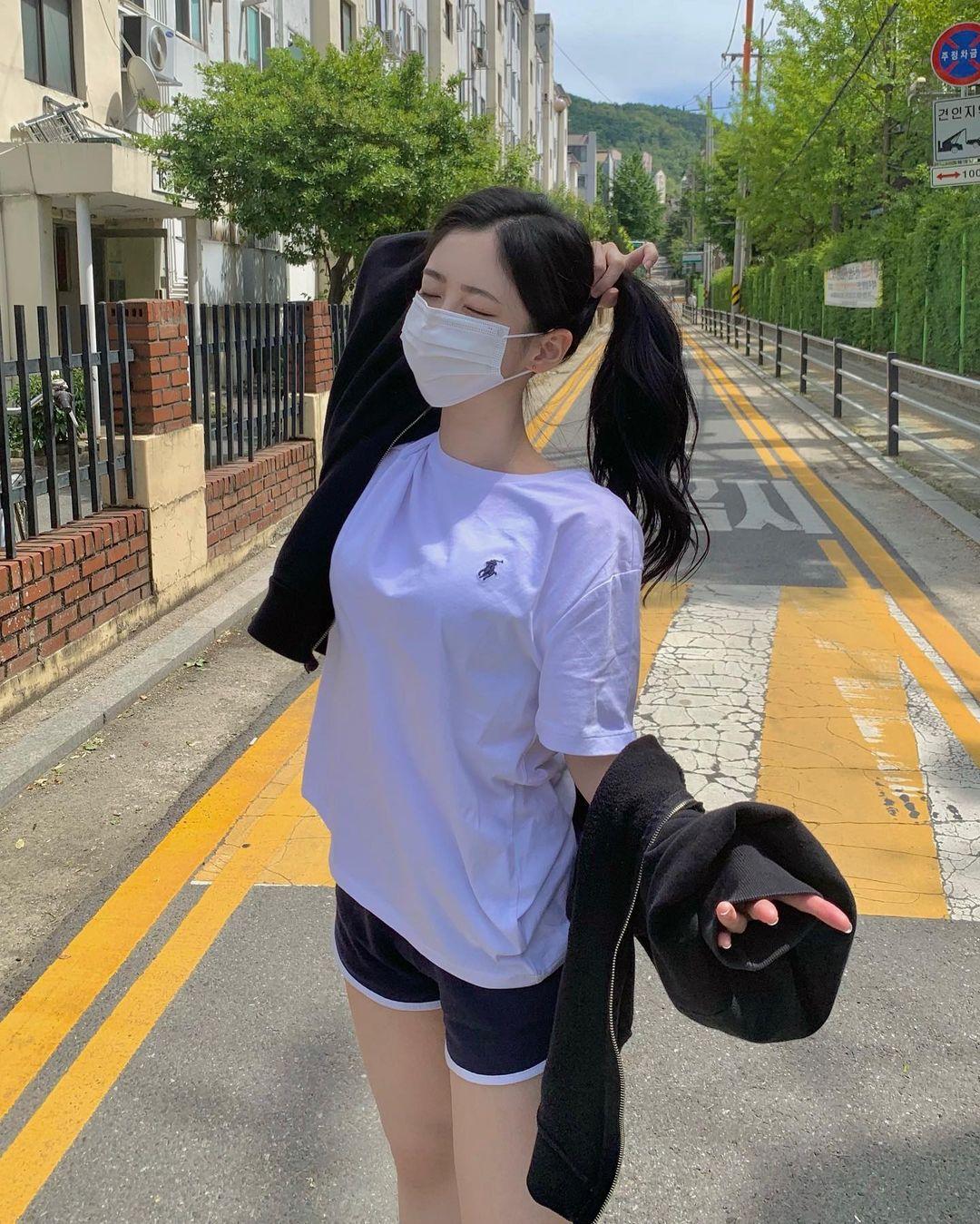 完美气质的口罩小甜是位韩国的网红美女 福利吧 热图3
