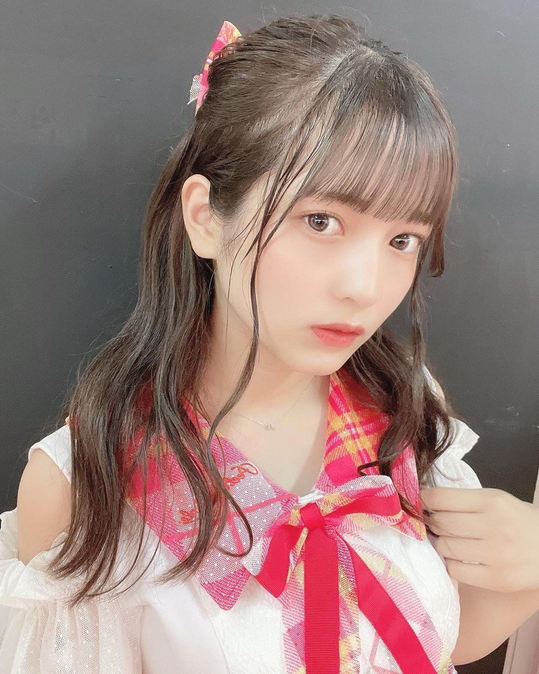 青春妹子无限18岁黑嵜菜菜子长得可爱 网络美女 第3张