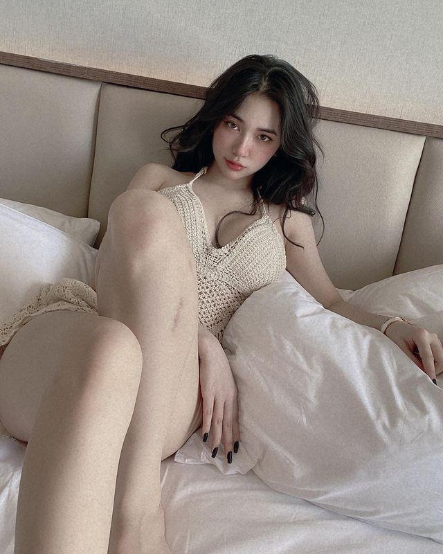 [正妹]神似娜诺越南模特网红[Gigile]腰束奶澎的曲线太火辣 网络美女 第10张