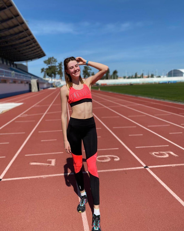 [东奥正妹]乌克兰跳高美少女刷新世界纪录 修长美腿有着绝对优势 养眼图片 第2张