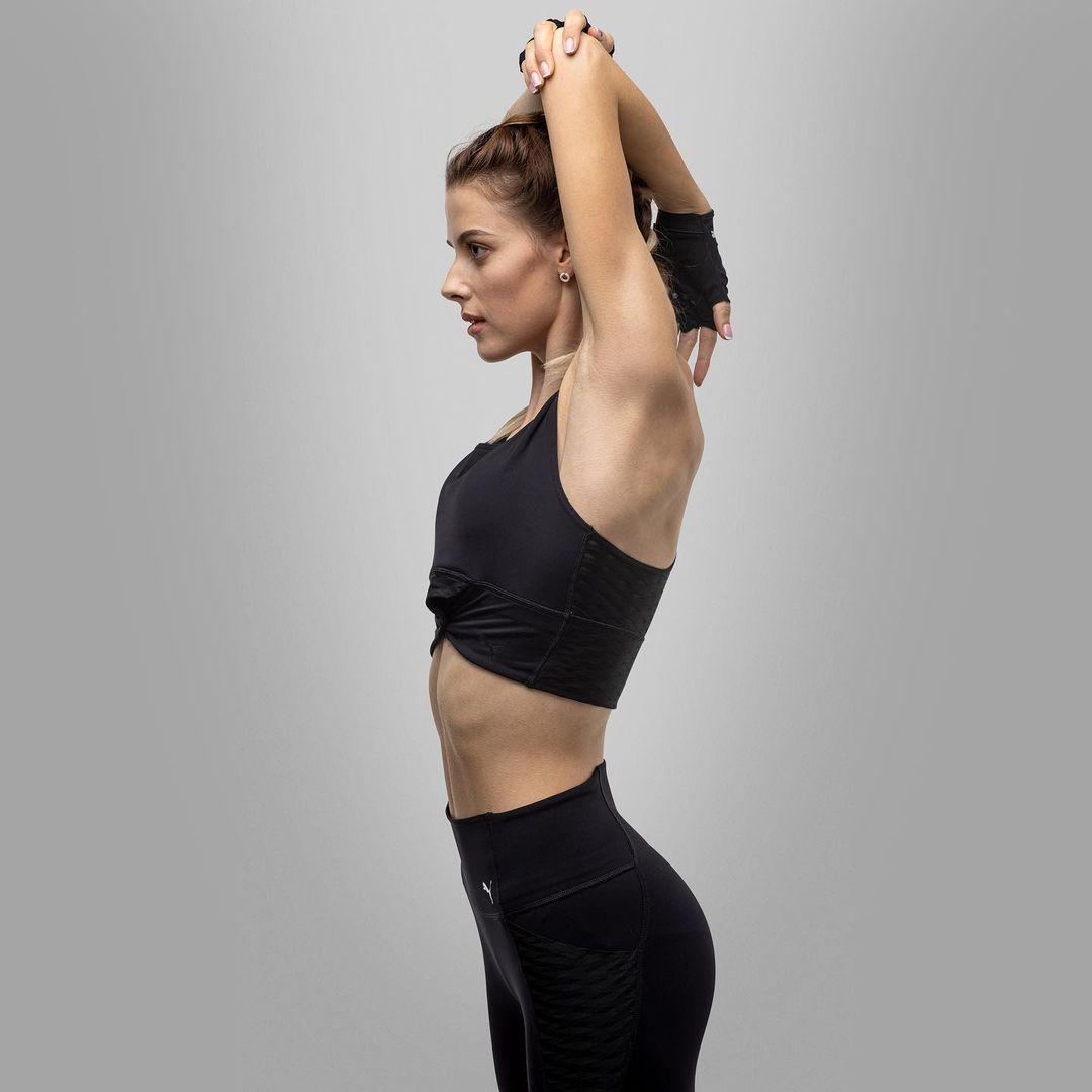 [东奥正妹]乌克兰跳高美少女刷新世界纪录 修长美腿有着绝对优势 养眼图片 第3张