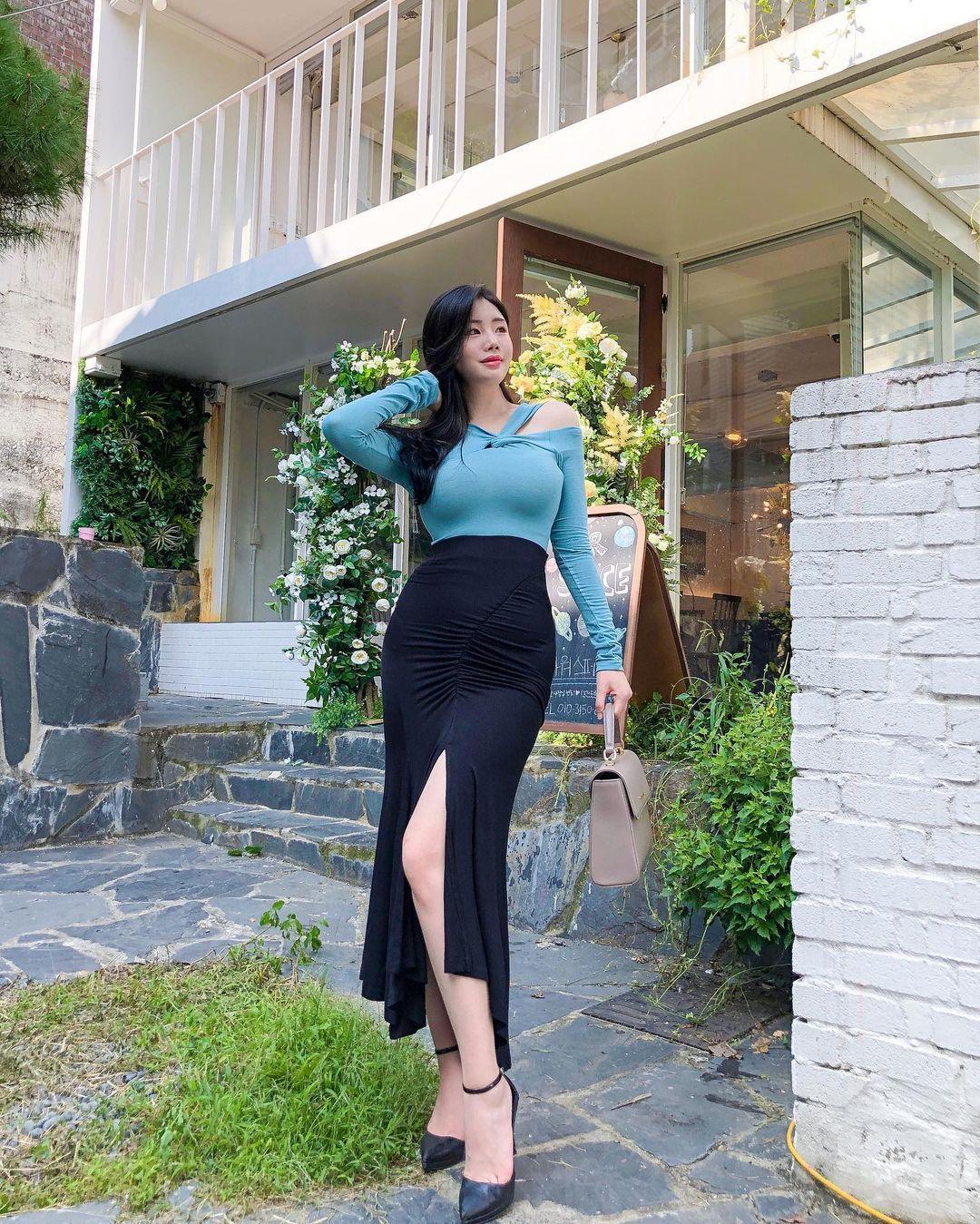 清凉穿着自己卖 [韩国泳衣阙娘Yebin]亲自试穿性感度满点 养眼图片 第5张
