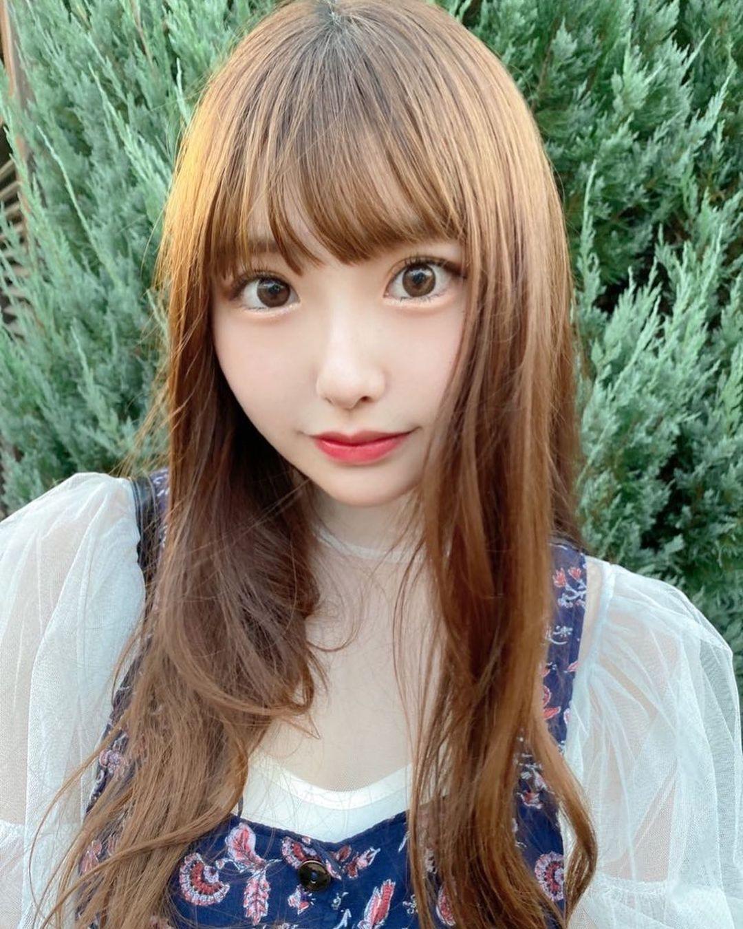 2000年出生 20岁甜美樱花妹五城せのん个子娇小却有曲线 美女动图 第11张