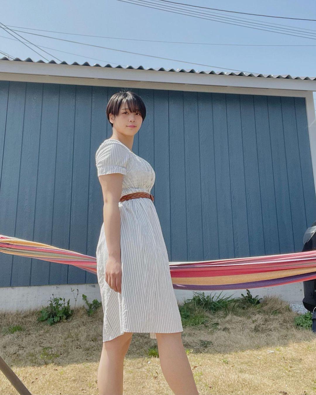 选美比赛冠军 短发高中妹山冈雅弥16岁青春 深邃卧蚕双眼彷佛随时在放电 网络美女 第13张