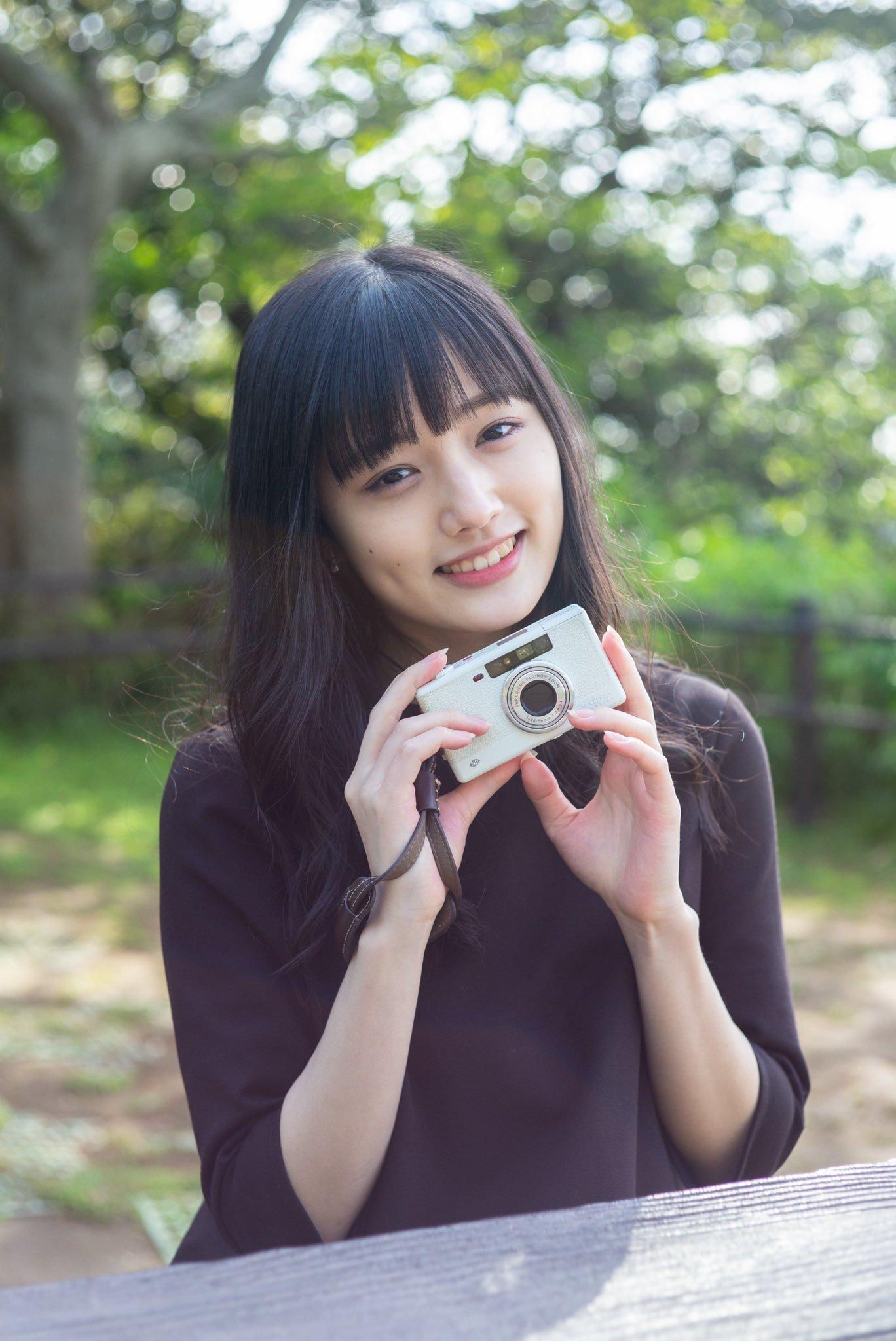 久等了20岁安藤笑樱睽违近一年推出写真 养眼图片 第4张