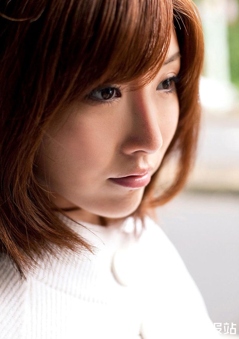 ABS-086 美少女朱音ゆい(Akane-Yui)来势汹汹