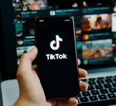 副业赚钱Tiktok的图片