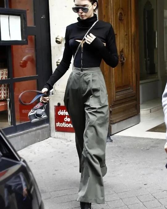 妹子图Gigi Hadid的图片 第13张