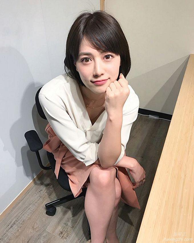 笑容太治愈,日本OL美女石井里奈满满正能量_22