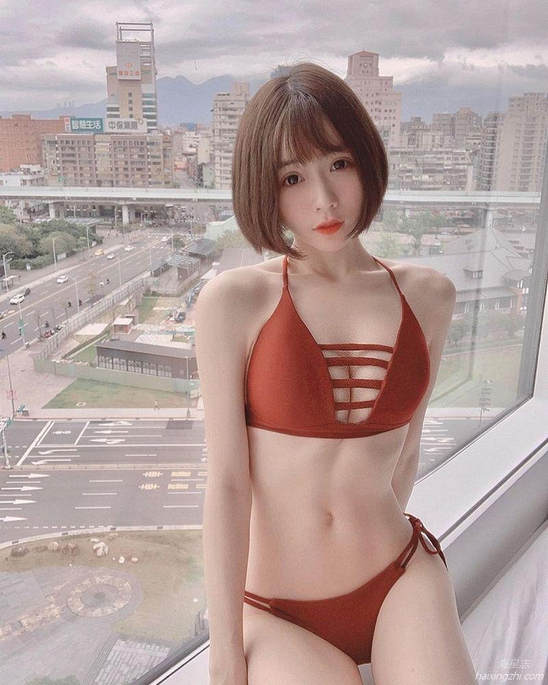 刘芳岑,前凸后翘大长腿 _14