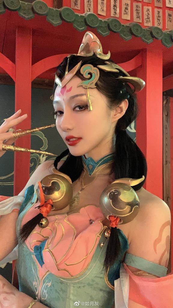 大凤挺胸机车 韶华绿毛展沟-COS精选第二百三十一弹 养眼图片 第45张