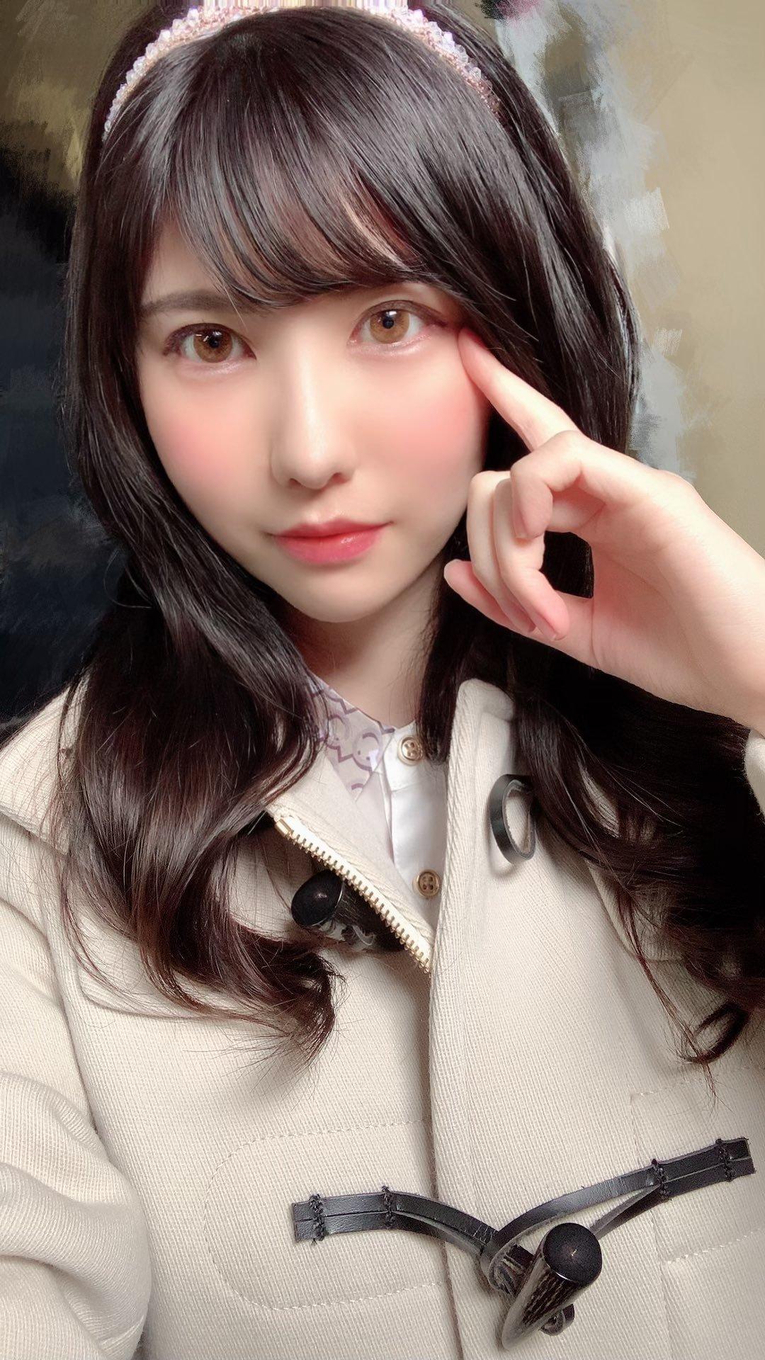 aiga_mizuki 1249346884579164161_p1
