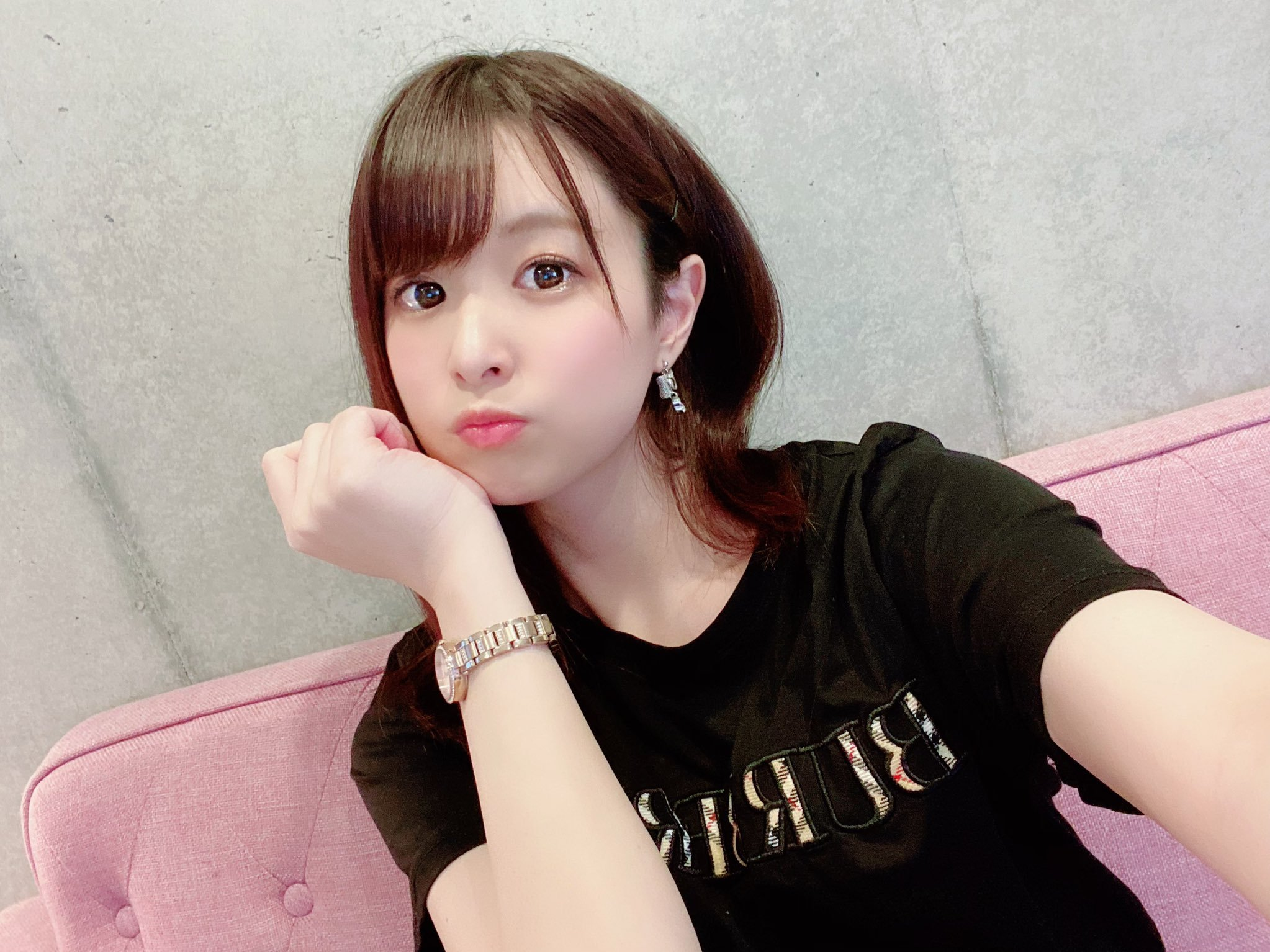 hikari_ninoheee 1252474647301353477_p0
