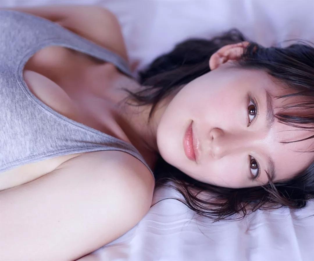 吉冈里帆 写真集Riho (26)
