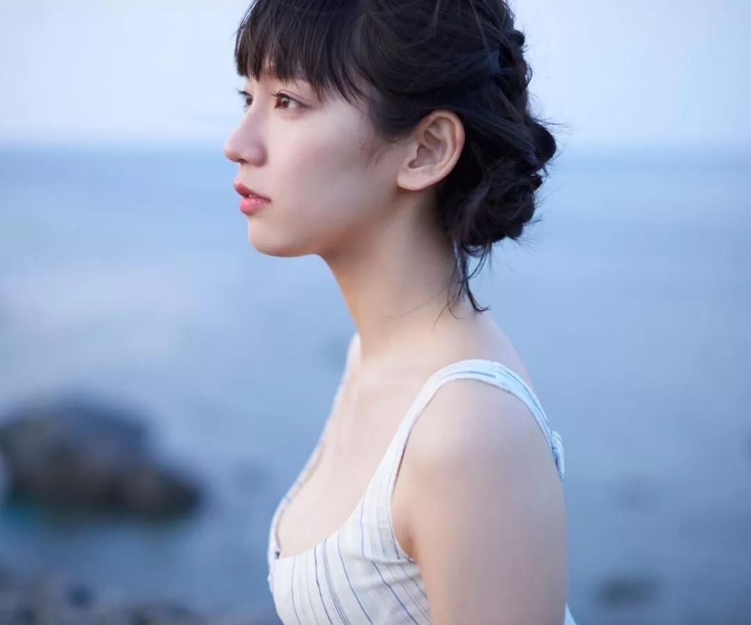 吉冈里帆 写真集Riho (41)