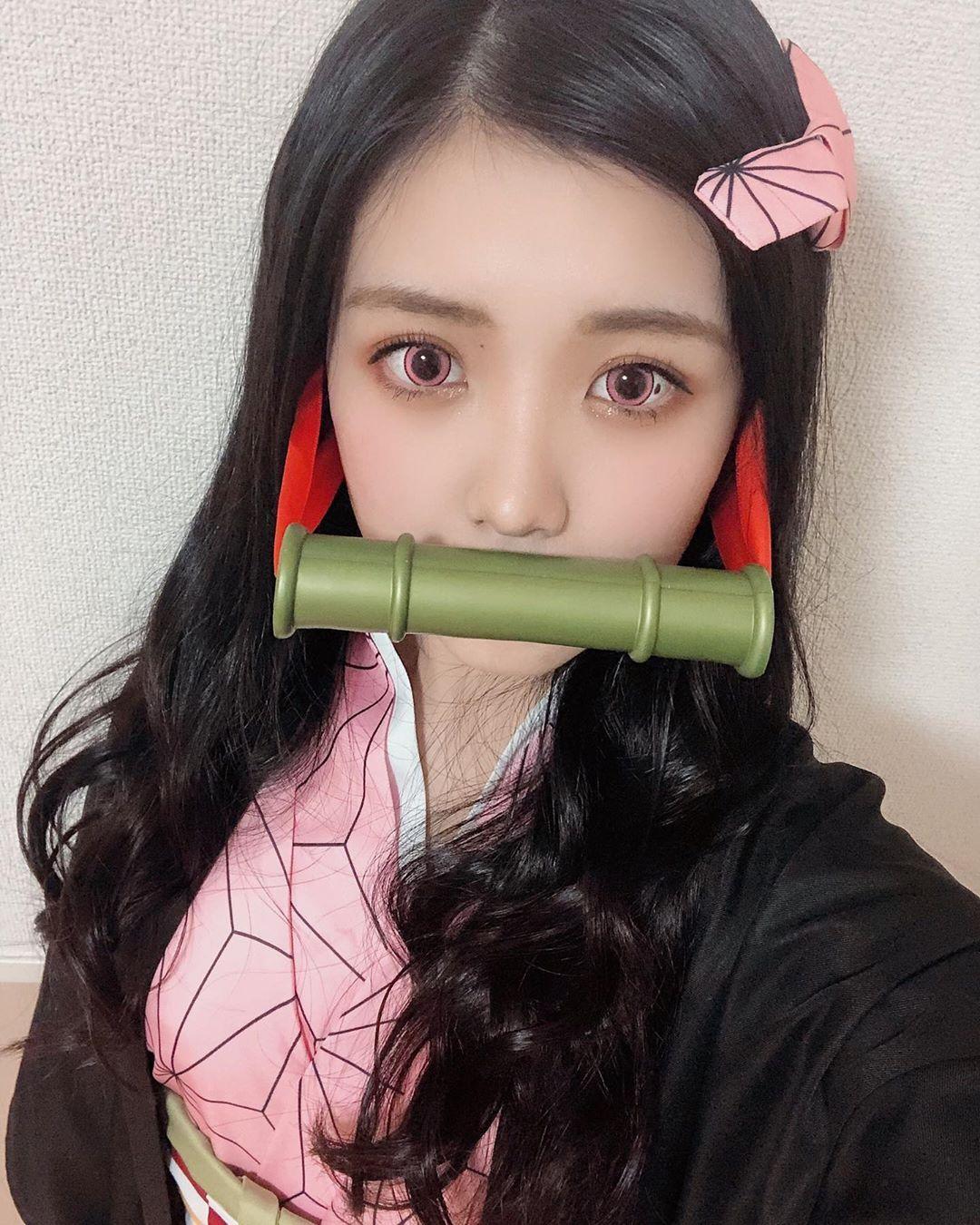 爆款出圈-日本艺人偶像竞相COS的灶门祢豆子