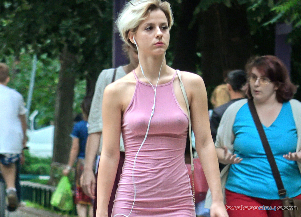 抛弃胸罩 NO BRA