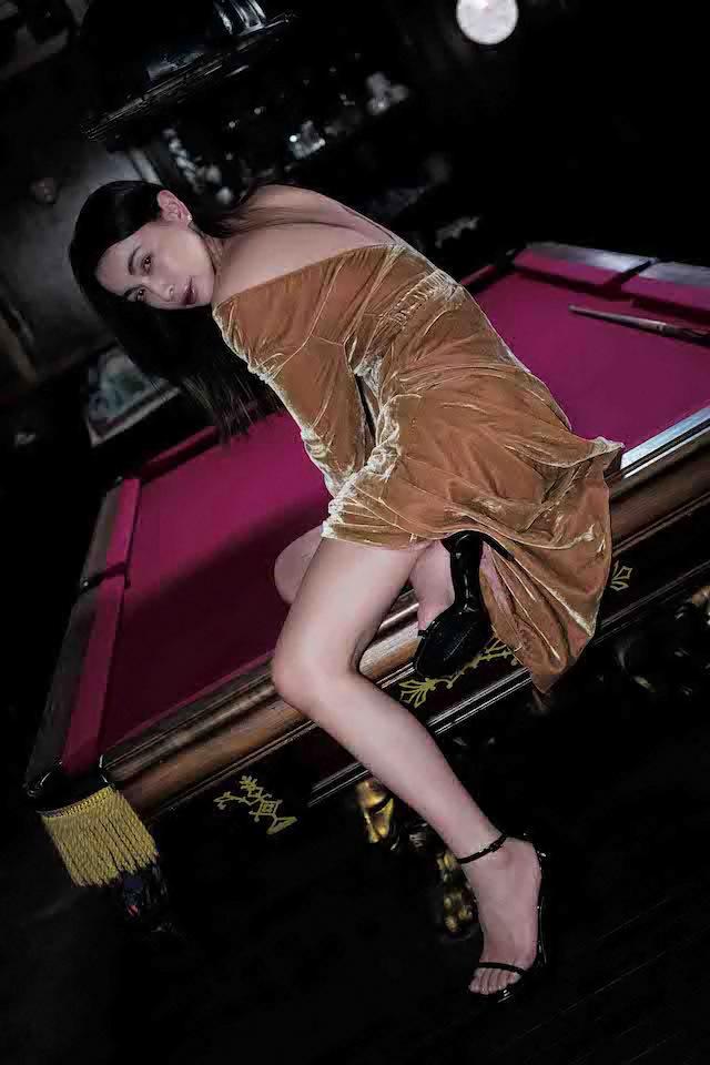 16年后长谷川京子首次推出美魔女性感写真作品展现妖娆魅力 (7)