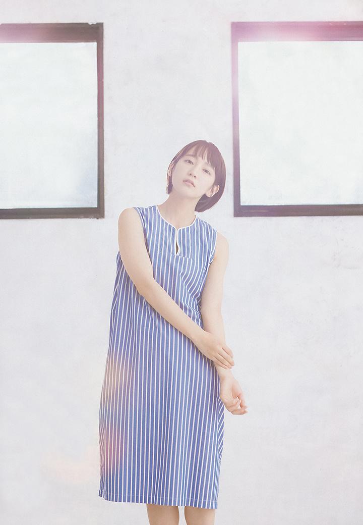 写真女优出身的吉冈里帆每次上映新电影都会拍摄写真作品堆人气 (76)