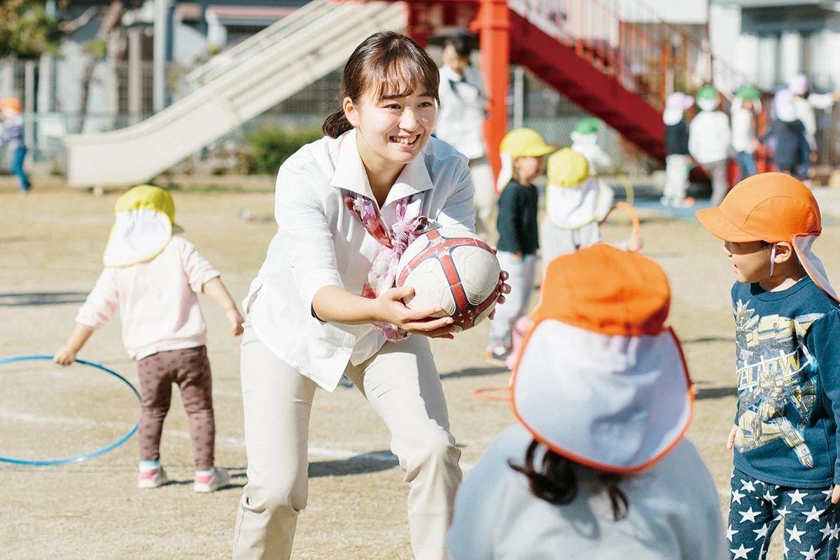 让人羡慕的日本公务员和普通打工人的工作区别有多大,和你想象的一样吗? (1)