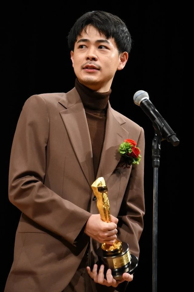 """成田凌只用了两年的时间就从""""最佳新人""""蜕变成为了若手演技派 (6)"""