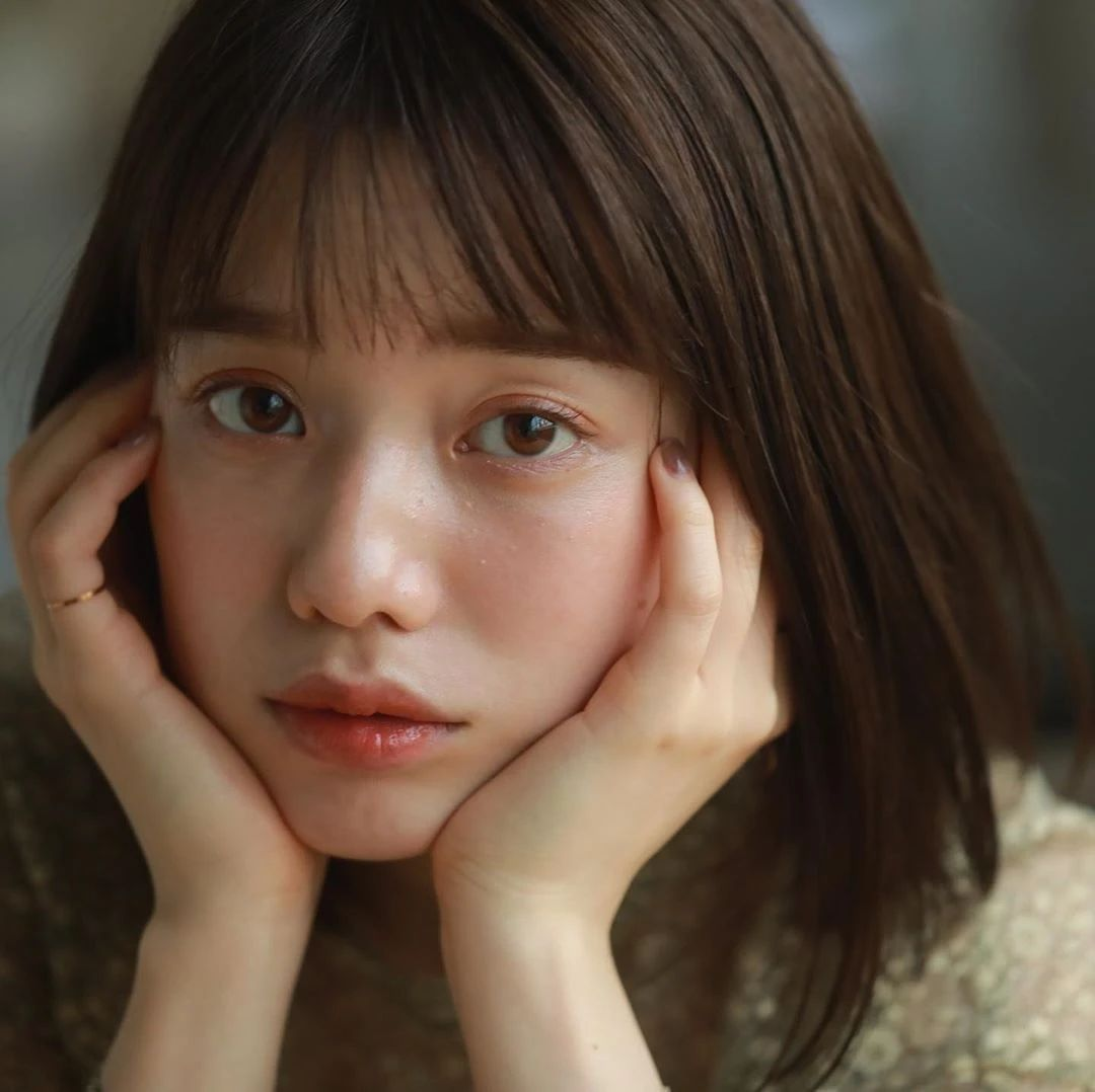 永远一张娃娃脸的棉花糖女孩弘中绫香写真作品 (44)